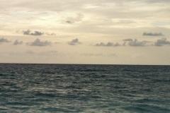 beachHorizon